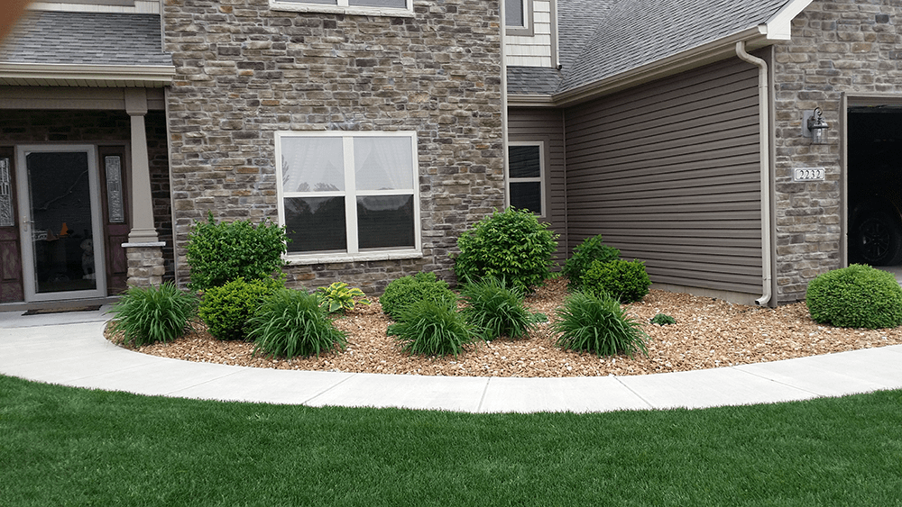 new build landscaping by van dame outdoor maintenance lafayette indiana